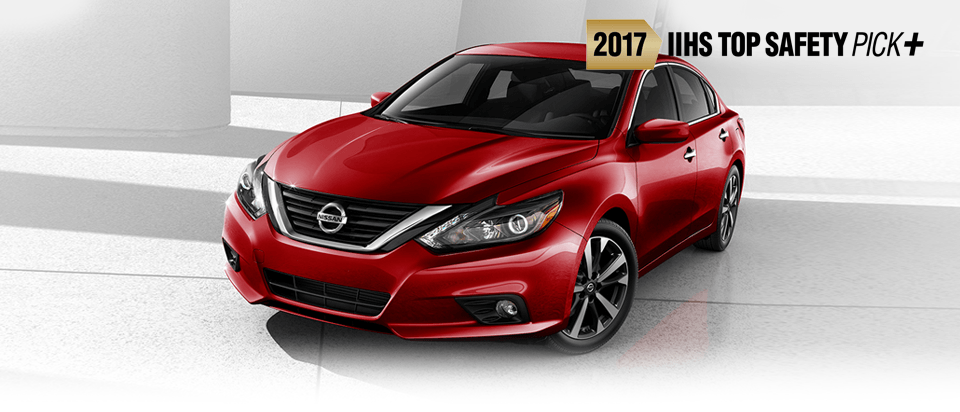 Red 2017 Nissan Altima for Sale near Gallatin, TN.