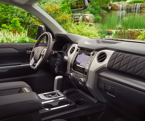 2018 Toyota Tundra - interior